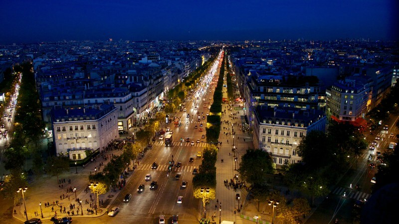 avenue champs elysees paris