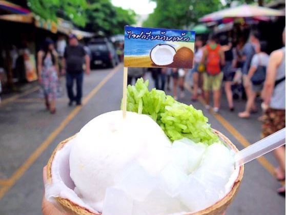 thai coconut ice cream Chatuchak Market