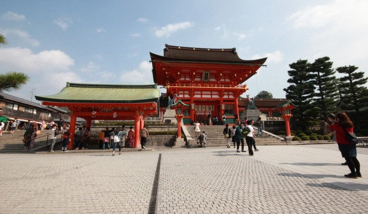 two storied gate