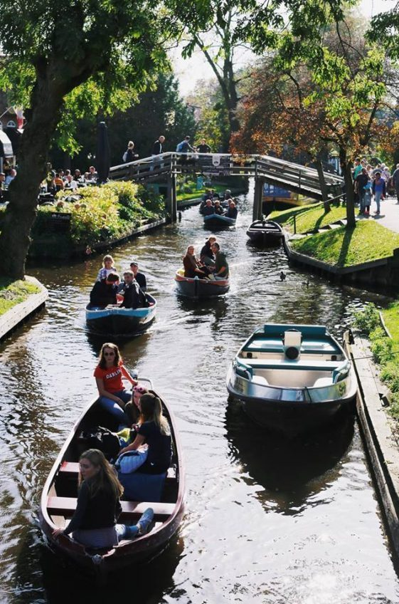 Dream Destination Netherlands Day 4 - Giethoorn - town 2