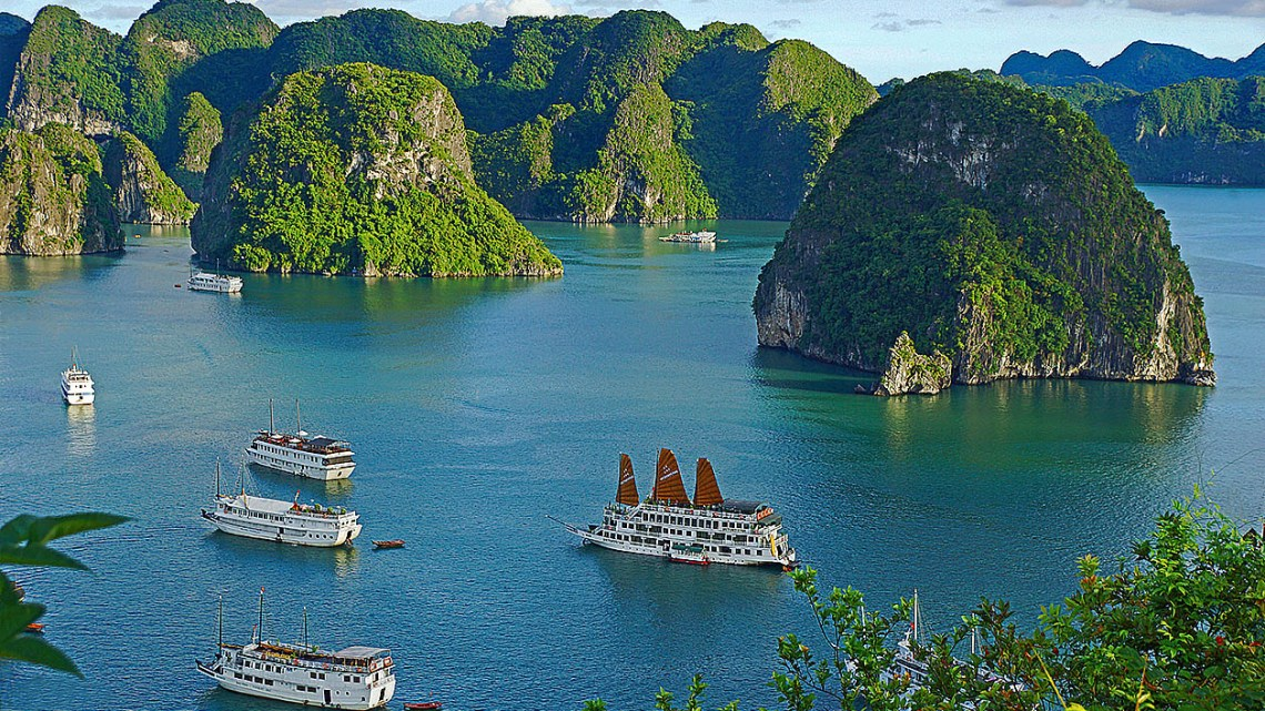 limestone-hill-halong-bay