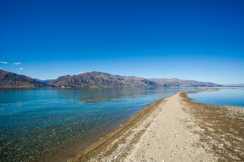 10-NewZealand-Lake-Hawea