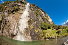 18-NewZealand-Wishbone-Falls
