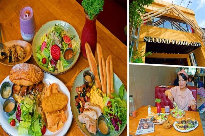 貳樓餐廳公益店|Second Floor Cafe台中吃早午餐的好去處 寵物友善餐廳