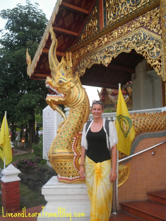 Visiting the temples of Thailand