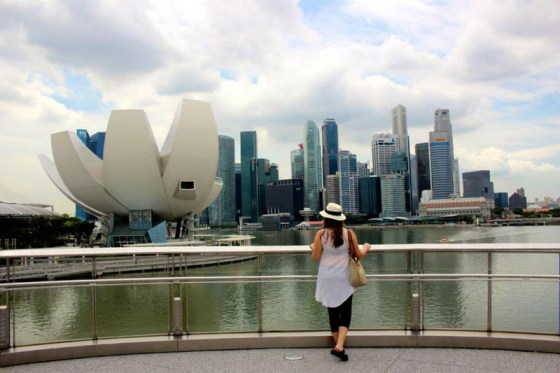 Taking in the view of Marina Bay in Singapore with Evanne Allen of Poplar Travels