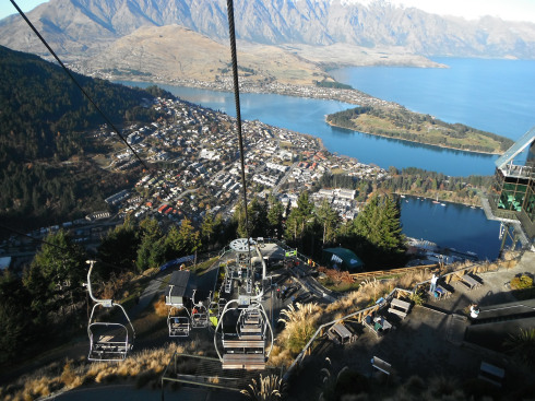Cable car view of Queenstown - Dannielle Noonan Of While I'm Young And Skinny