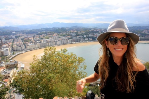 Shannon Kircher enjoying Laconcha The Wanderlust Effect