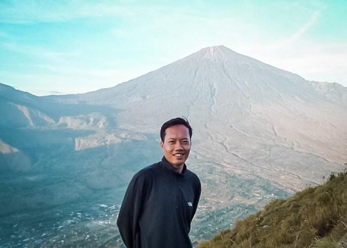 Rey Maulana Travel Bloggers Indonesia