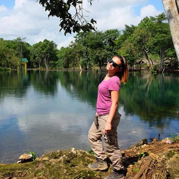 Felicia Lasmana Travel Bloggers Indonesia