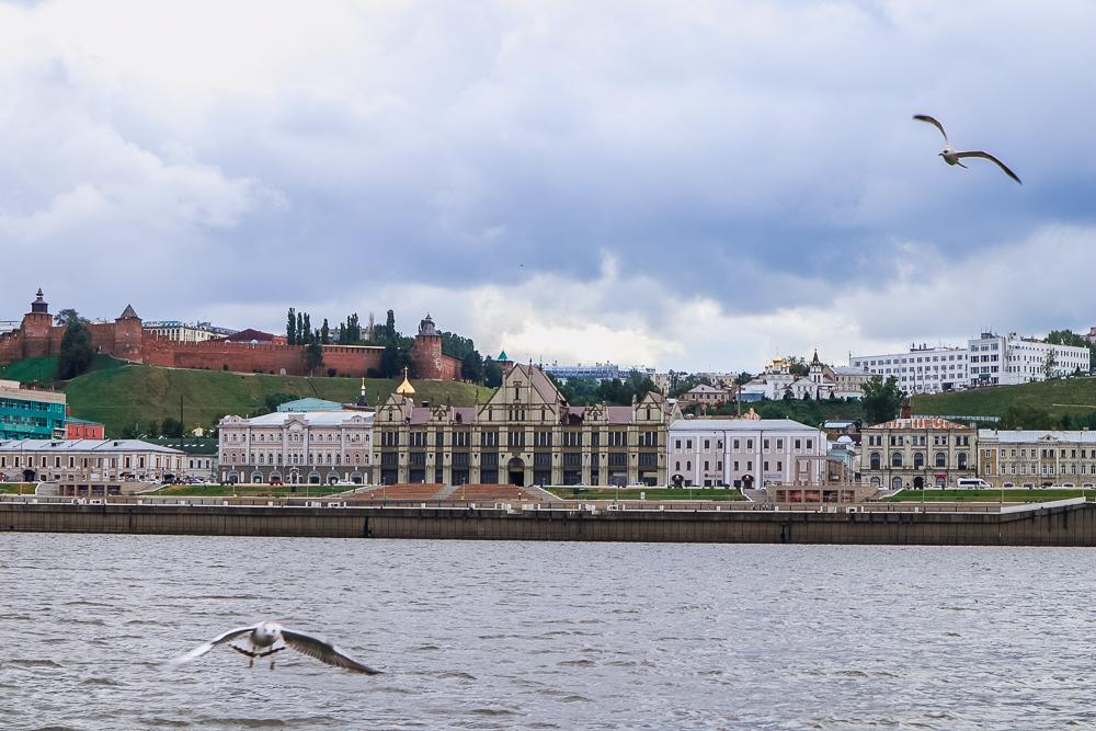 Прогулка на кораблике - как выглядит Нижний Новгород с воды