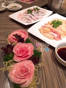 玫瑰豬爽肉、沙巴龍躉片及雞肉件