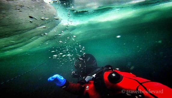 ice-diving-tignes24