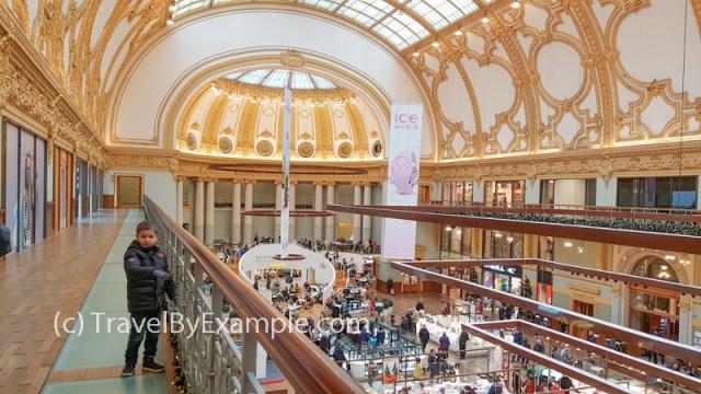 Shopping mall Stadsfeestzaal in Antwerp