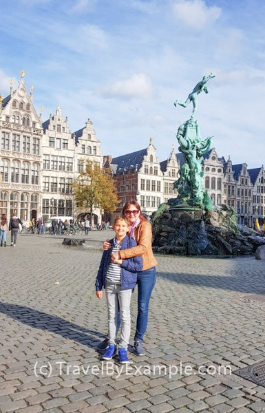 Sunny day at Grote Markt of Antwerp