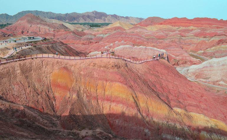 נקודת התצפית הראשונה - נוף מרהיב וצבעוני (צילום: נוגה פייגה)