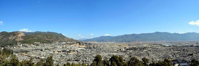 גגות העיר העתיקה נשקפים מגבעת האריה (צילום: טל ניצן)