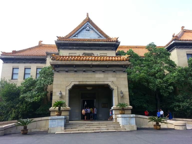 הארמון של פו-יי. שילוב של ארכיטקטורה סינית ומערבית (צילום: טל ניצן)