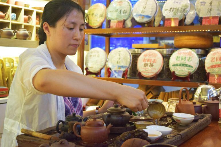 טקס תה בסין. צילום אילוסטרציה (צילום: טל ניצן)
