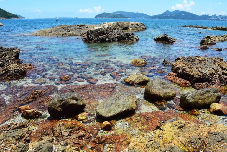 אבנים אדומות באי קיו טאו (צילום: טל ניצן)