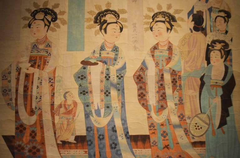 איורי מערות מוגאו מתקופת שושלת טאנג. עדות לחיי היום-יום בסין המסורתית (צילום: נוגה פייגה)