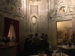 Inside Le Stanze