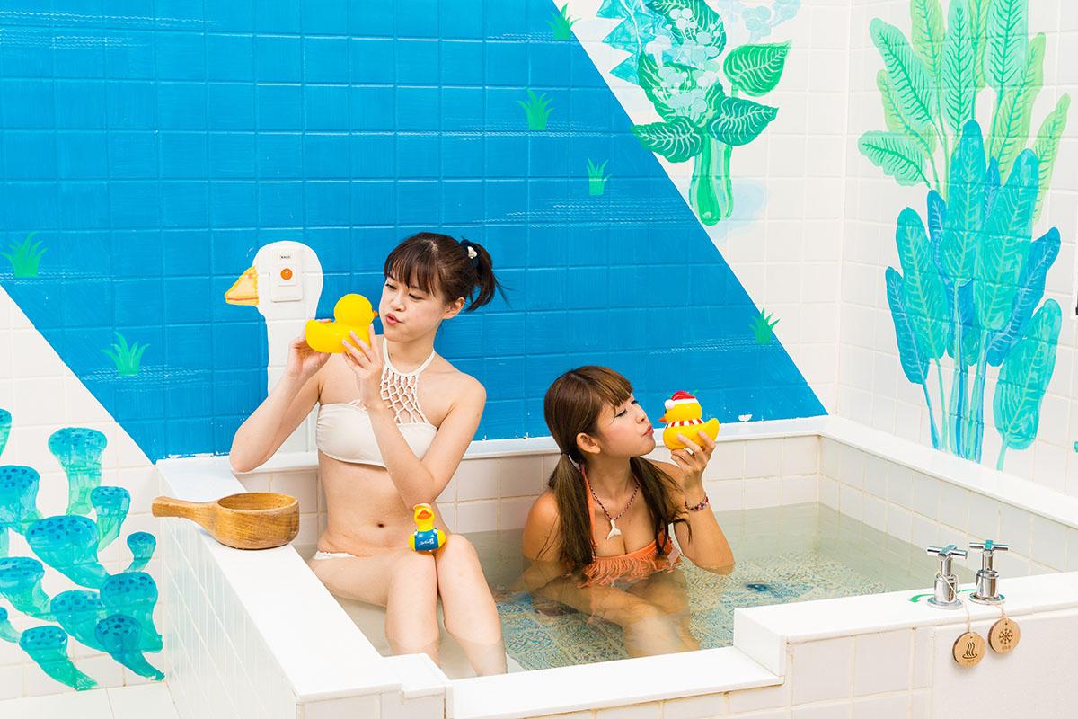 老澡堂翻新,泡湯也可以很文青!