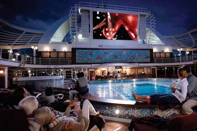 311,露天電影院,公主遊輪,太陽公主號,大螢幕