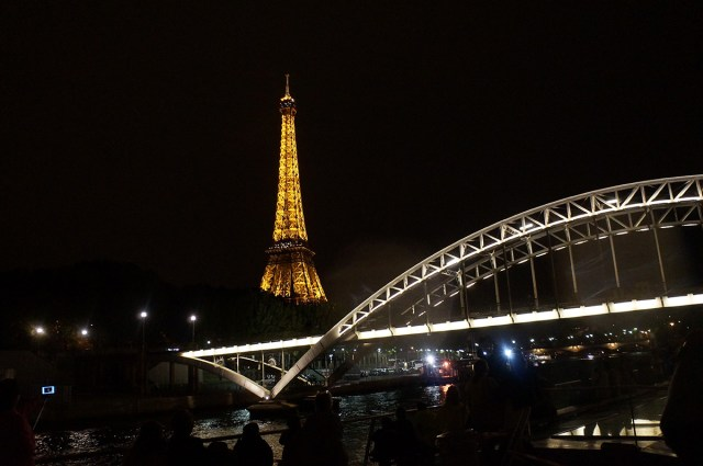 Insidr 到巴黎遊塞納河,還可以自己開船自駕遊河