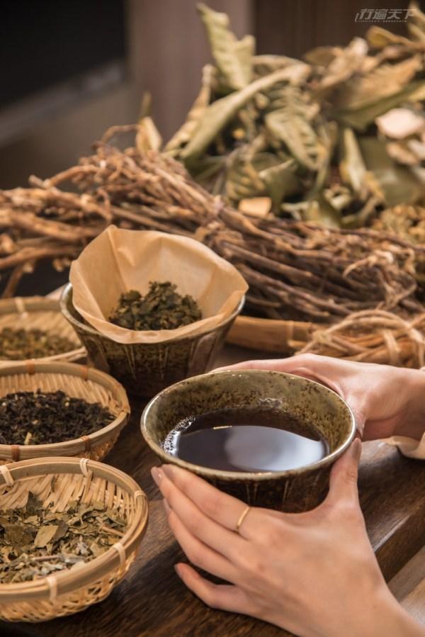 青草茶,萬華,老濟安,Healing Herbar,手沖