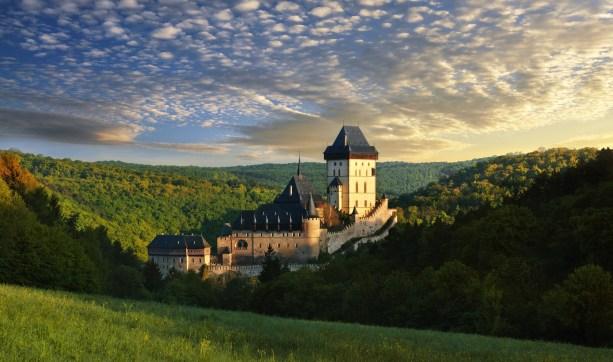 10 najchętniej odwiedzanych zamków w Czechach