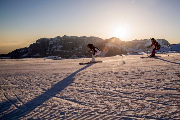 Włoskie Trentino promuje narty o świcie i po zmroku