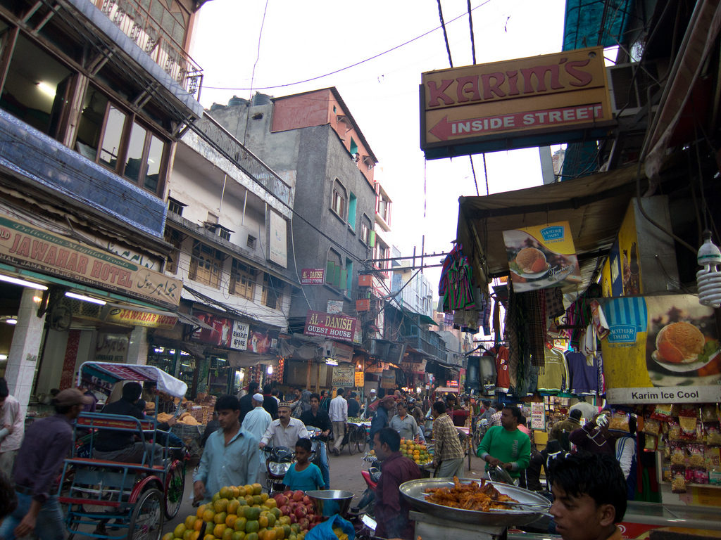 Old Delhi Trading, Photo by Geoff Stearns