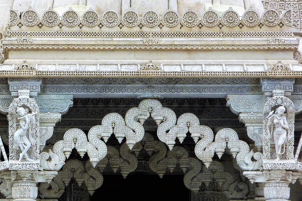 BAPS Swaminarayan Mandir Neasden Hindu Temple Marble Carvings