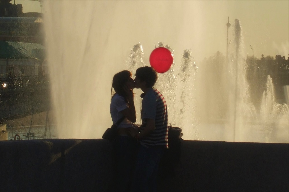 Moscow Lovers Red Balloon Bolsheviks Russia Russian Revolution