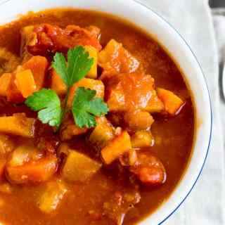 Vegetable Chili | Travel Cook Tell