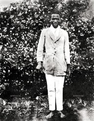 Jomo Kenyatta in 1914, he was baptized a Christian and given the name John Peter which he changed to Johnstone. He later changed his name to Jomo