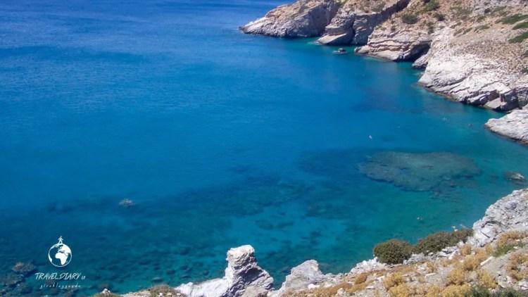 La baia di Mourou ad Amorgos, Grecia