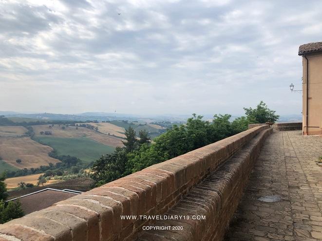 Panorama da un castello di Arcevia