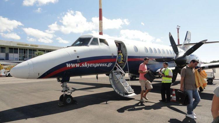 L'aereo di skyexpress per arrivare a Cefalonia