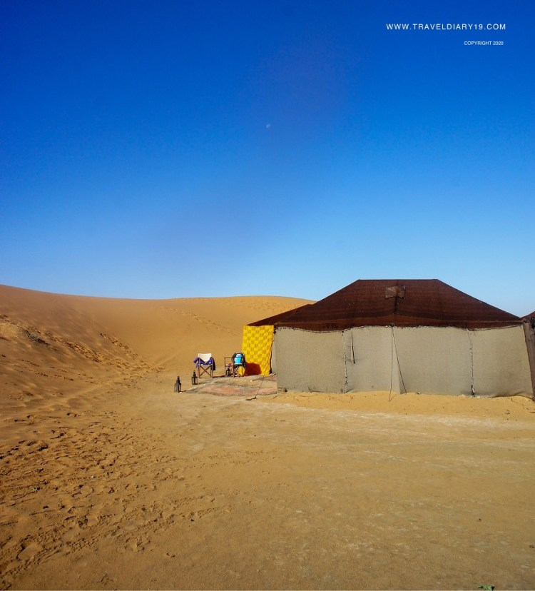 Tenda nel deserto in Marocco