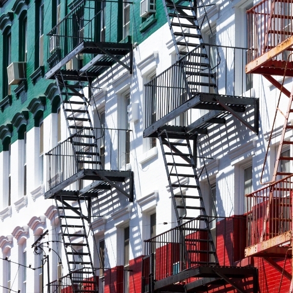 Le scale tipiche delle case di Little Italy