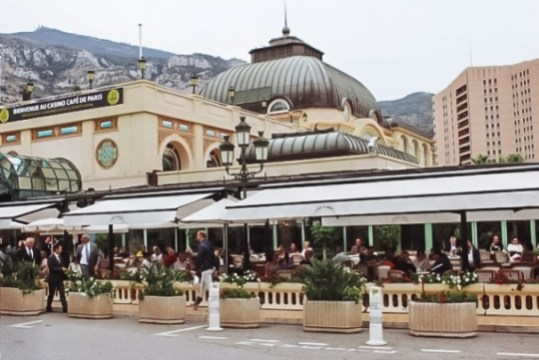 things to do in Monaco: The cafe de Paris is one of a must-visit places in Monaco because it is located just next to the famous casino.