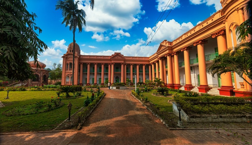 Of English Architecture inspired Castles and Mansions in Dhanyakuriya Bengal
