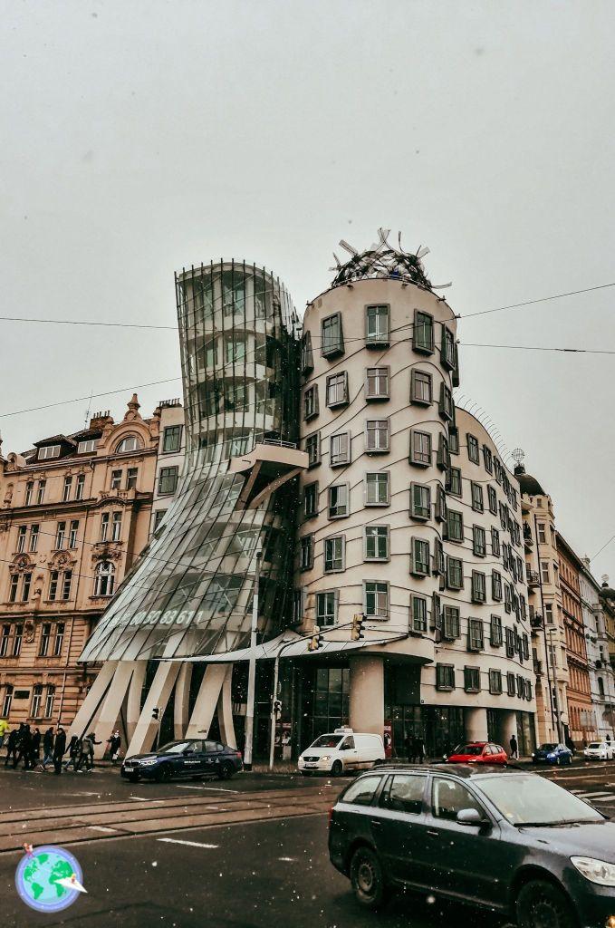 Centro Europa - Dancing house r1