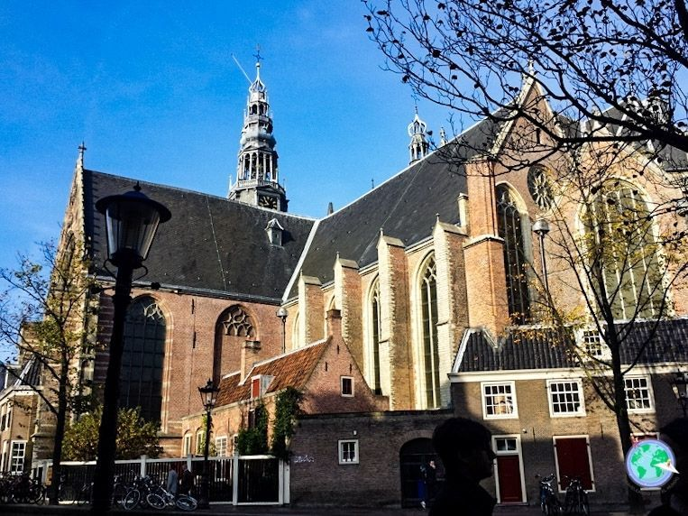 Iglesia antigua de Ámsterdam