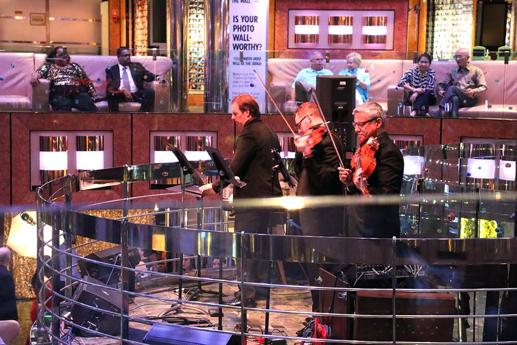 Carnival Dream Cruise Ship Live Music