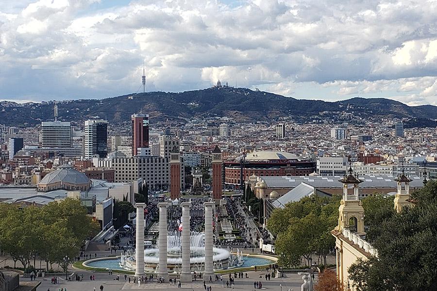 Museu Nacional D'Art de Catalunya and Plaça d'Espanya