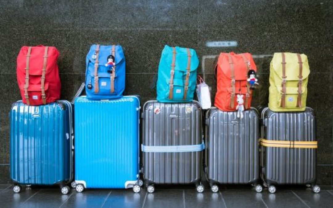 Hand luggage size and rules: what can you take?