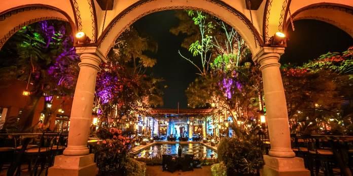 Experience Querétaro's Bars and Nightlife | Marriott Bonvoy Traveler